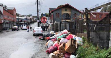 La Ilustre Municipalidad de Ancud, reitera a la comunidad que aún se mantiene la contingencia que genera la extensión de la alerta sanitaria y que impide la recolección de Residuos Sólidos Domiciliarios en nuestra comuna.